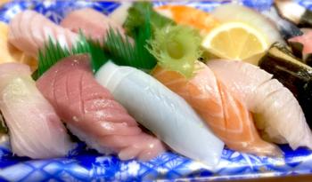 ファンケルの大人のカロリミット!お寿司も。まぐろは中トロが食べやすくていいですね